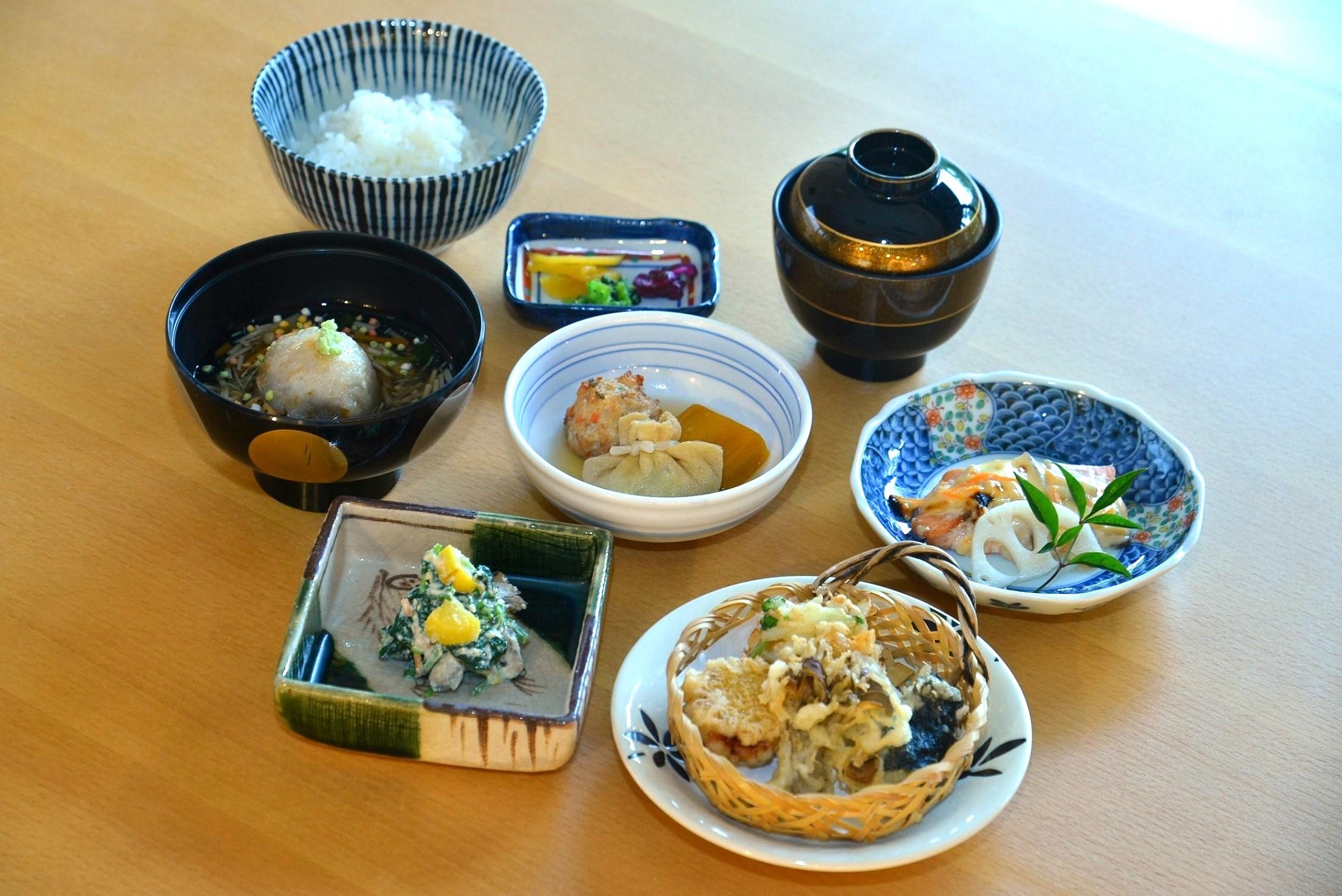 10月 越の国御膳 魚 季節のお造り付